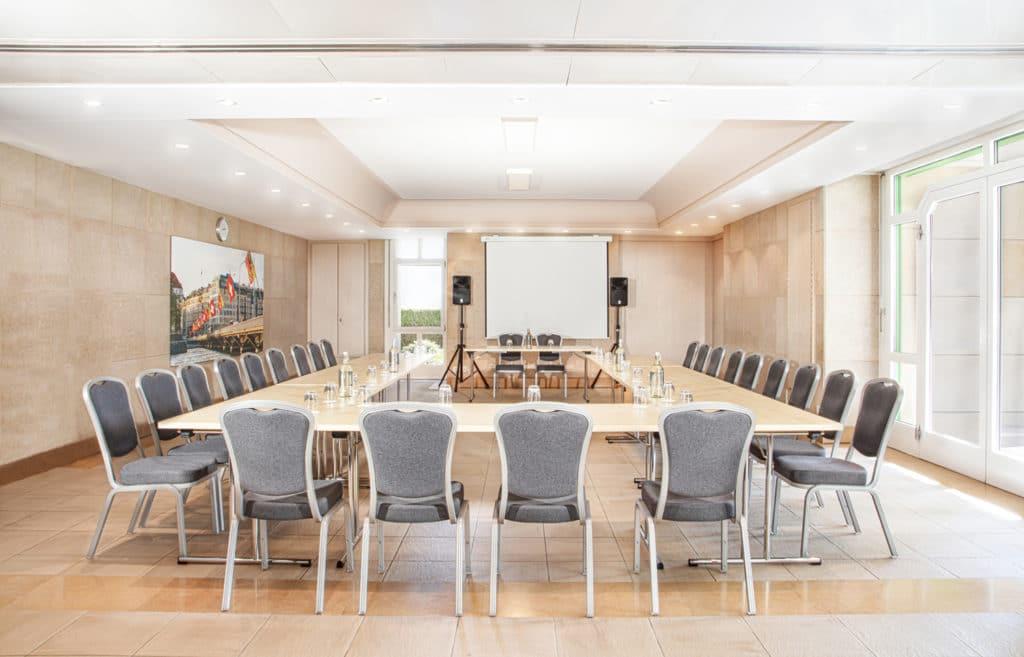 Salon pour réunion, conférence et formation à Genéve